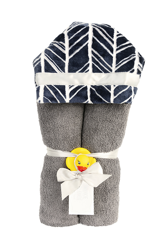 Dakota Hooded Towel Navy Feather