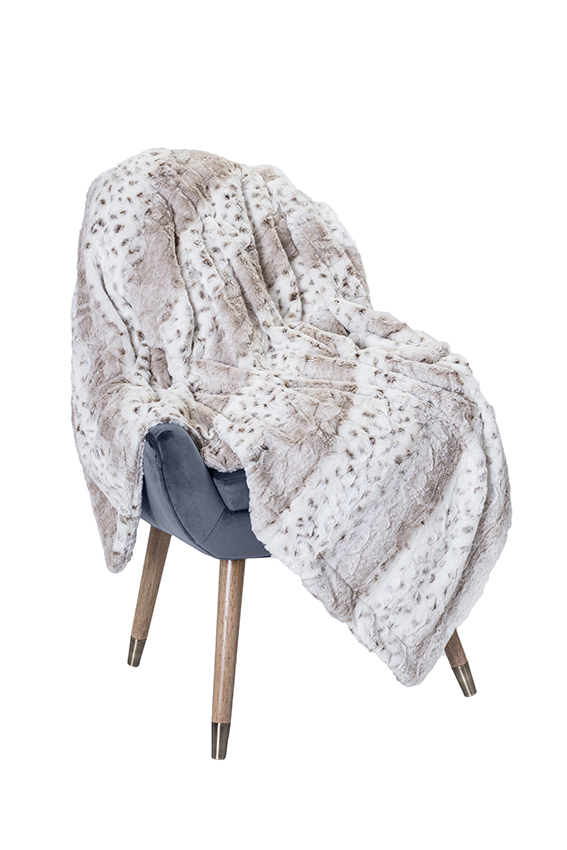 Luxury Throw Dallas Latte